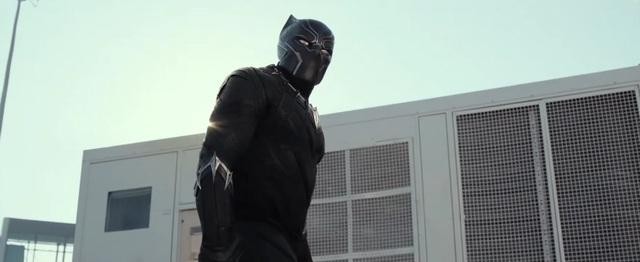 Nhân vật Báo Đen Black Panther của biệt đội Avengers cũng sẽ có một tập phim của riêng mình, ra mắt vào năm 2018.
