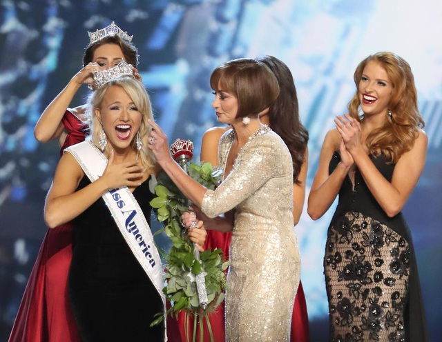 Tân Hoa hậu Mỹ Miss America 2017 - cô Savvy Shields
