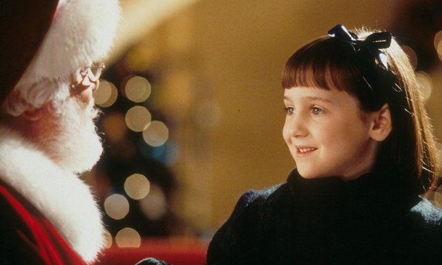 """Mara Wilson trong """"Miracle on 34th Street"""" (Phép màu trên phố 34 - 1994)"""