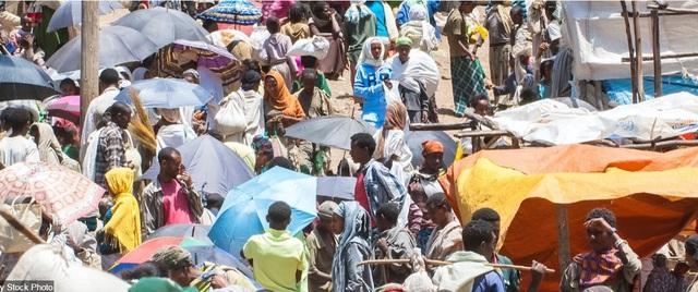 Khu chợ Lalibela ở vùng Amhara, miền bắc Ethiopia - đất nước nằm sâu trong lục địa có dân số đông nhất thế giới.