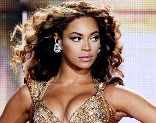 """Beyonce chi 2 tỷ đồng phá xe… """"vị nghệ thuật"""" - 1"""