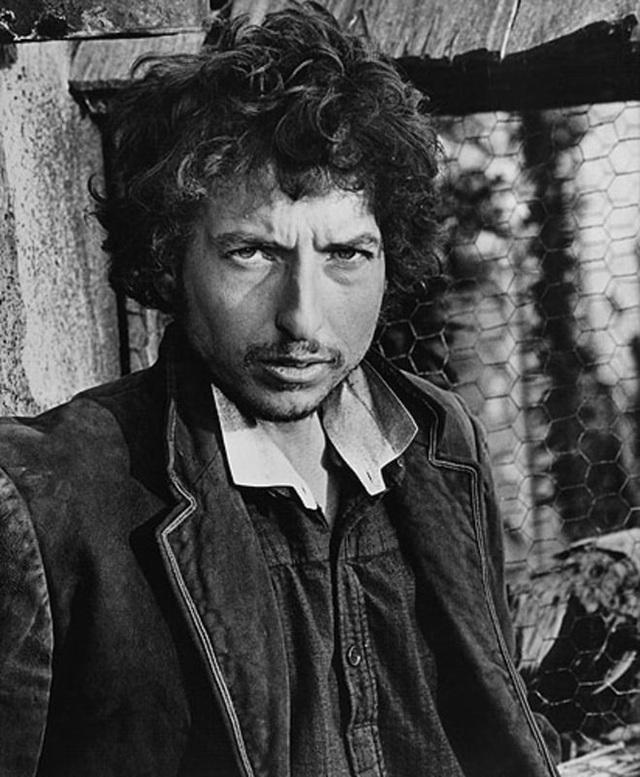 """1973: Khi nhận lời sáng tác nhạc phim cho """"Pat Garrett & Billy the Kid"""" (1973), Bob Dylan cũng đồng thời nhận đóng một vai nhỏ trong phim."""