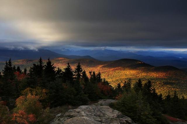 Cảnh thu ở vùng núi Chatham, bang New Hampshire, Mỹ.