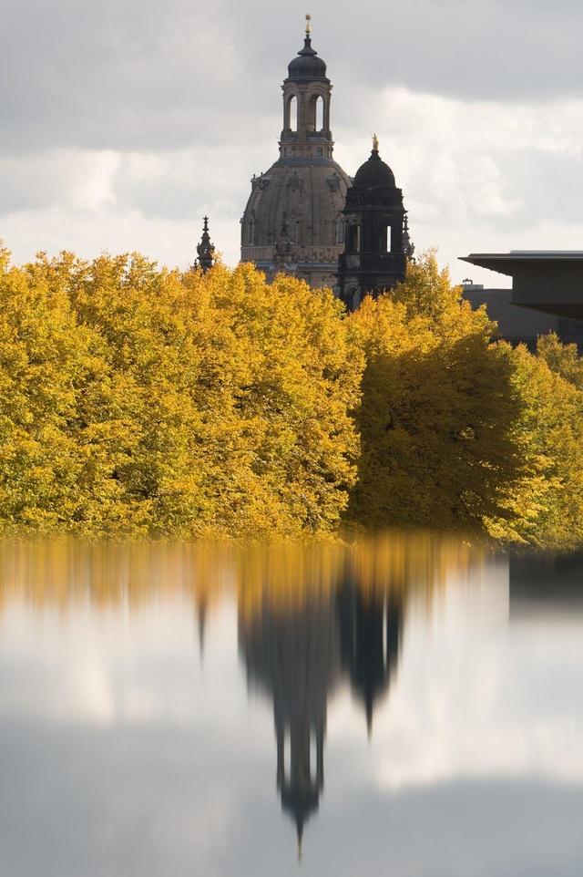 Nhà thờ Frauenkirche ở thành phố Dresden, Đức.