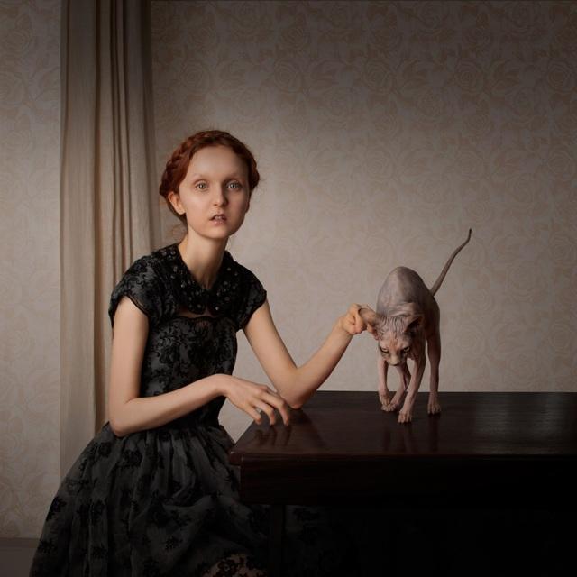 Giải nhì thuộc về Justine Tjallinks (Hà Lan) với bức ảnh chân dung kỳ lạ.