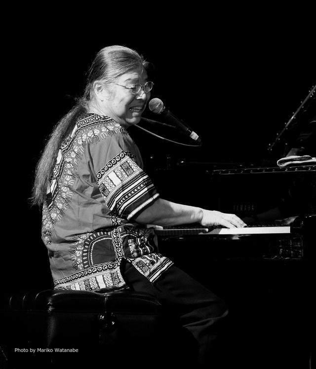 Nghệ sĩ piano nổi tiếng Nhật Bản - Yamamoto biểu diễn tại Hà Nội - 1