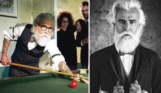 """Người mẫu Ý Alessandro Manfredini (48 tuổi) thậm chí còn già hơn nhiều so với tuổi, một cách xây dựng hình ảnh đầy chủ ý, giúp Alessandro có được một vị trí riêng đặc biệt trong giới mẫu nam """"già gân"""" (dù thật sự, anh chưa đến tuổi để… già như vậy)."""