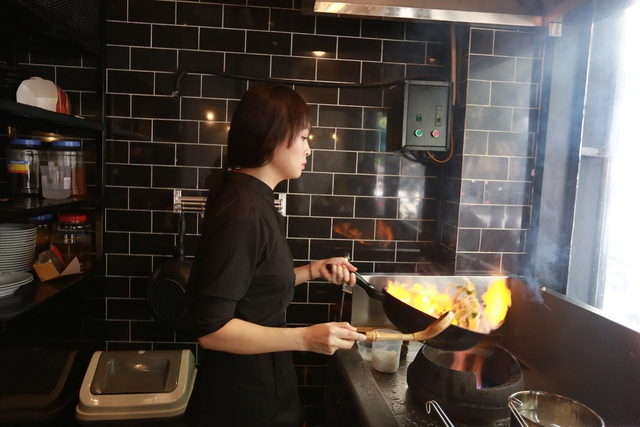"""Vua đầu bếp Minh Nhật: """"Với thế giới giải trí, tôi như đứa quê mùa"""" - 1"""