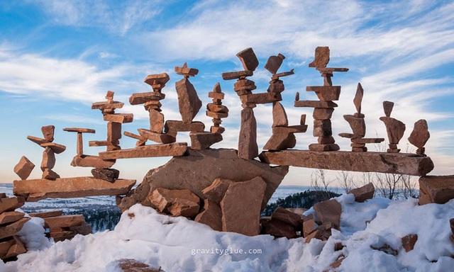 """Người nghệ sĩ kỳ diệu khiến những hòn đá cũng biết… """"thiền"""" - 9"""