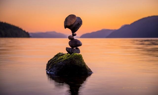 """Người nghệ sĩ kỳ diệu khiến những hòn đá cũng biết… """"thiền"""" - 10"""