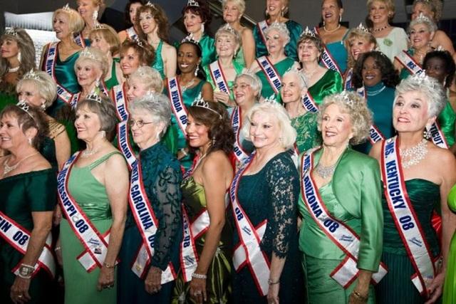 Cuộc thi Hoa hậu nơi các người đẹp đều ở tuổi… U60+ - 1