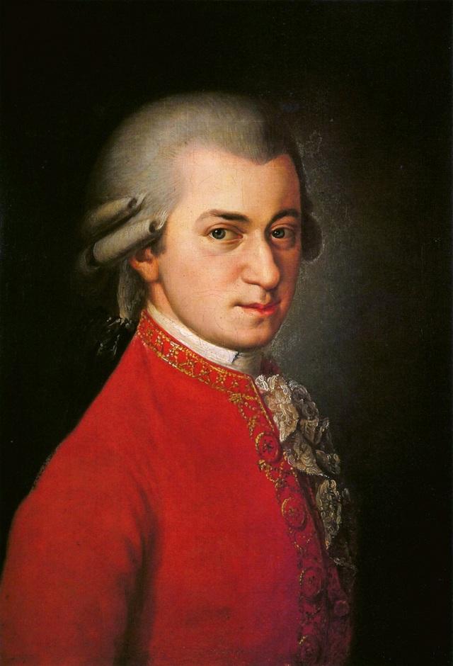 Nghệ sĩ bán được nhiều CD nhất trong năm 2016 là… Mozart - 1