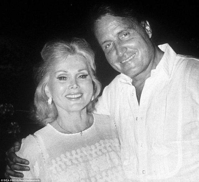 Gabor kết hôn với luật sư Felipe de Alba năm 1983 và ly hôn ngay trong năm đó.