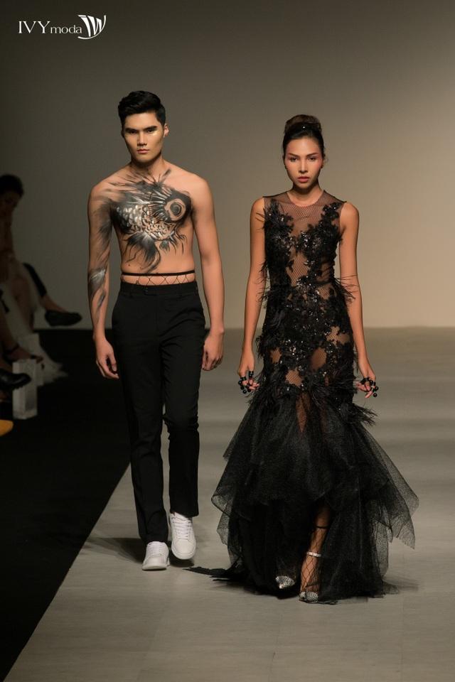 Cơn sốt thời trang được tạo ra từ BST xuất hiện trong IVY moda Fashion Show - 1