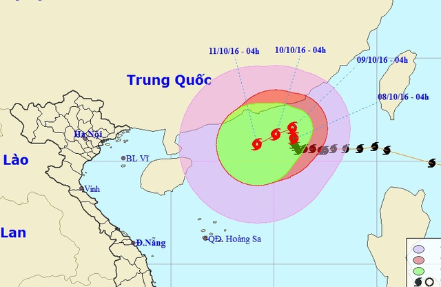 Những giờ tiếp theo, bão số 6 - một cơn bão với nhiều diễn biến đặc biệt - dự báo sẽ liên tục đổi hướng và còn mạnh thêm (Ảnh: NCHMF).