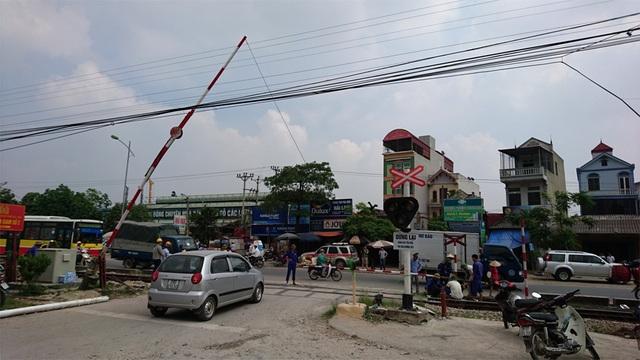 Vị trí xảy ra tai nạn có rào chắn barie.