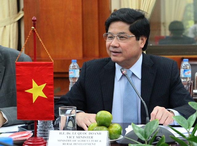 Thứ trưởng Lê Quốc Doanh tại cuộc đối thoại.