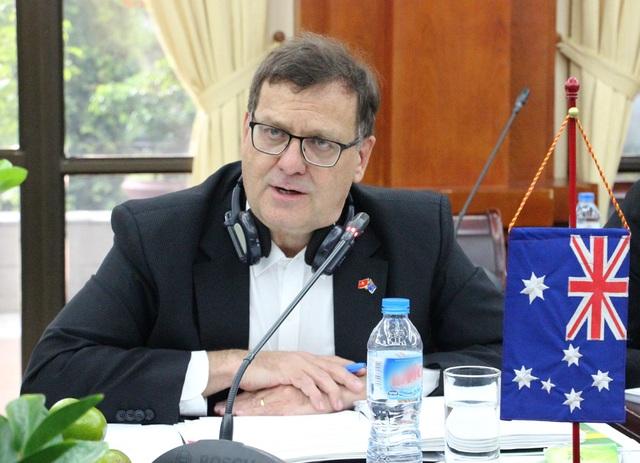 Ông David John Parker, Thứ trưởng Bộ Nông nghiệp và Nguồn nước Australia tỏ ra hài lòng về cuộc đối thoại.
