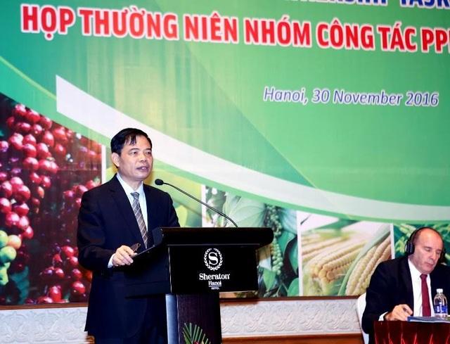 Bộ trưởng Nguyễn Xuân Cường cho biết, hiện nay đã có 15 doanh nghiệp, Tập đoàn lớn trong và ngoài nước đã và đang hợp tác với Bộ trong 8 nhóm ngành hàng nông nghiệp, cho đến nay, thành công nhất là nhóm cà phê, chè.