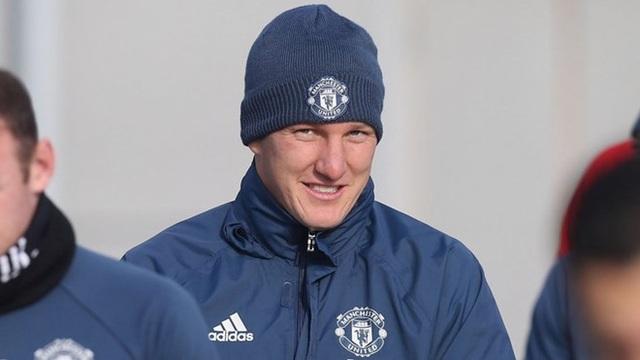 Schweinsteiger trở lại tập luyện cùng đội 1 MU trong những năm qua