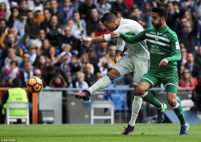 C.Ronaldo tiếp tục thi đấu mờ nhạt