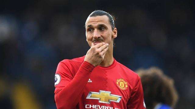 Ibrahimovic sẽ ở lại MU tới năm 2018