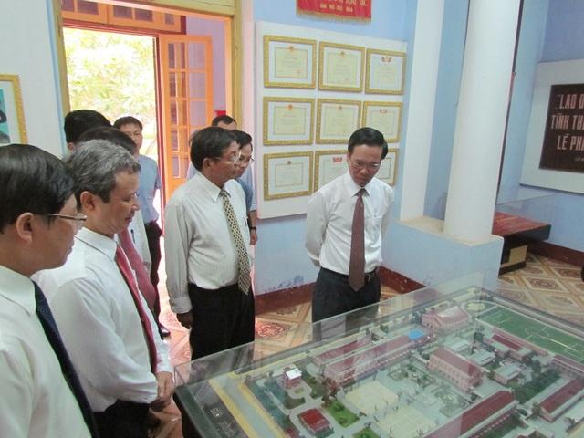 Trưởng Ban Tuyên giáo Trung ương dự khai giảng ở ngôi trường 120 năm tuổi - 4