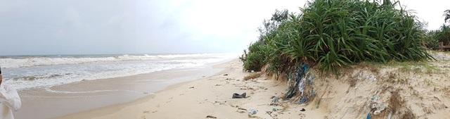 Lo sợ bão chưa vào, biển đã sạt lở nghiêm trọng - 4