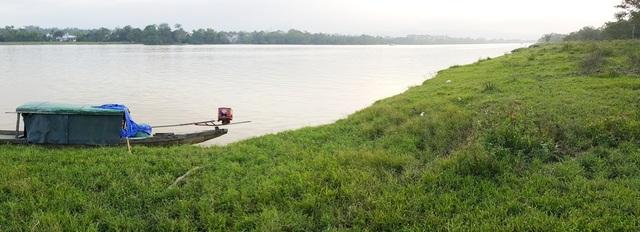 Khu vực công viên Kim Long trên đường dẫn lên chùa Thiên Mụ ở bờ bắc sông Hương sẽ là điểm thứ 2 dự tính di dời các tượng quốc tế về đây