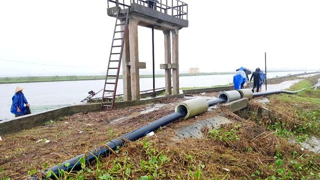 Người dân 2 tỉnh lo nhà máy dệt nhuộm xả thải thẳng ra sông - 5