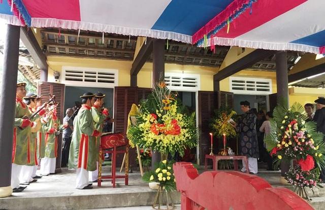Kỵ vua Hiệp Hòa theo nghi thức cung đình Huế xưa (ảnh: Sơn Nguyễn)