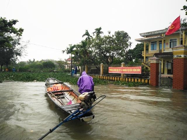 Thời điểm này ghe là phương tiện đi lại chủ yếu ở xã Thủy Thanh.
