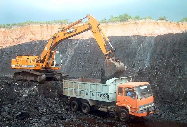 Phòng Thương mại và Công nghiệp Việt Nam kiến nghị cần truy suất nguồn gốc khoáng sản để chống khai thác trái phép, để quản lý tốt hơn hoạt động khai thác tài nguyên thiên nhiên.