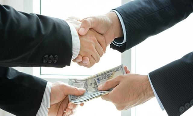 Doanh nghiệp nhỏ và vừa hiện đang phải chi phí không chính thức cho các hoạt động thuế, hải quan và tiếp cận thông tin (ảnh minh họa)