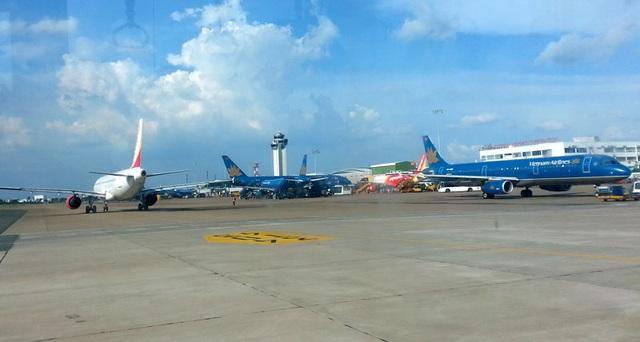 Năng lực tổng thể của sân bay Tân Sơn Nhất chỉ đảm bảo thông qua được mức 42 chuyến bay/giờ