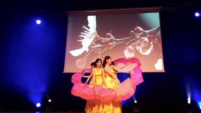 Du học sinh Việt Nam tại Nantes chào mừng năm mới Mậu Tuất - 2