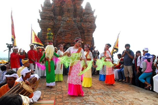 Độc đáo lễ hội Katê của đồng bào người Chăm - 7
