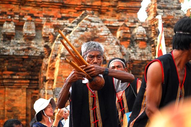 Katê là một lễ hội dân gian đặc sắc và độc đáo