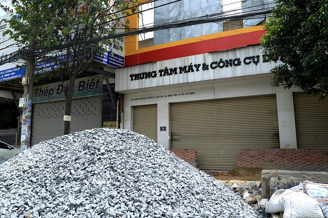 Vật liệu để truóc một điểm kinh doanh đã đóng cửa