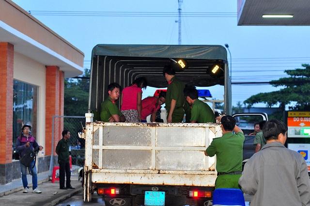 Đến rạng sáng 24/10 thì đã có khoảng 150 học viên được đưa trở lại trung tâm.
