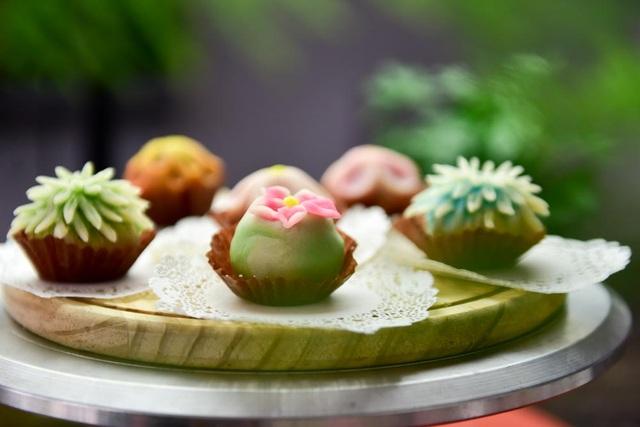 Bánh kiểu wagashi Nhật Bản trông dễ thương, đẹp mắt tới mức nhiều người hay nói vui đây là loại bánh không nỡ ăn.