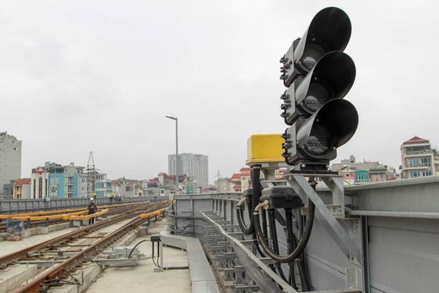 Dự án đường sắt trên cao Cát Linh - Hà Đông là công trình trọng điểm của Hà Nội, thu hút sự quan tâm đặc biệt của nhân dân Thủ đô.