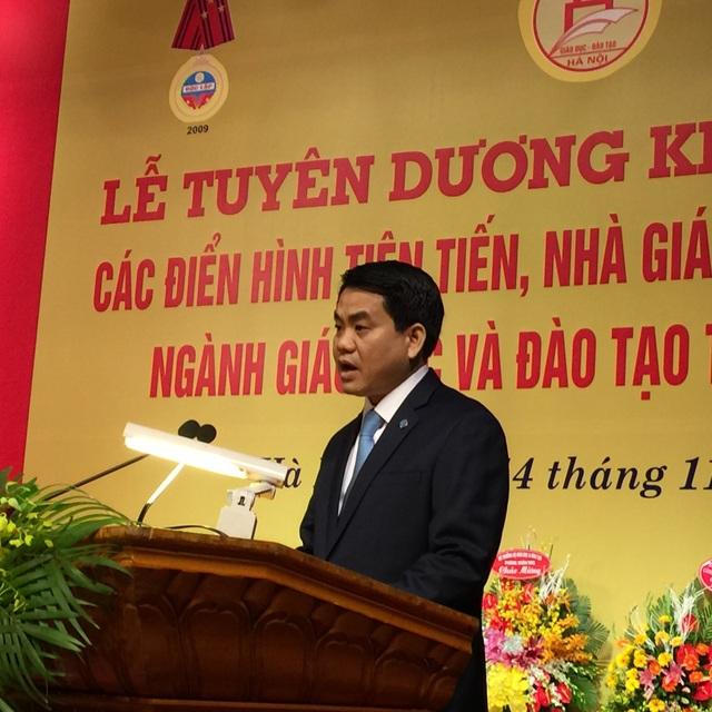 Chủ tịch UBND TP Hà Nội Nguyễn Đức Chung phát biểu tại buổi lễ (ảnh: Mỹ Hà)