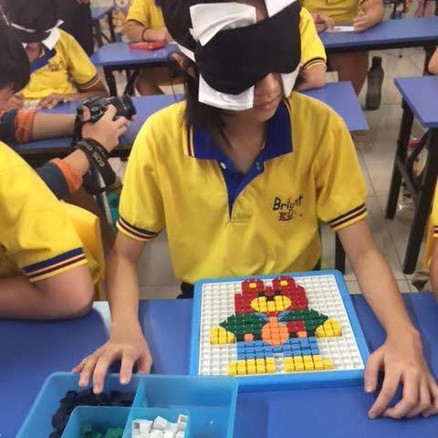Học sinh tại lớp kích não