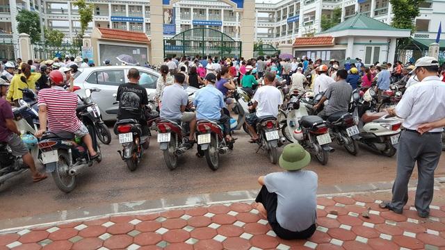 Trường tiểu học Hoàng Liệt, nơi xảy ra sự việc (ảnh: T. Hường)