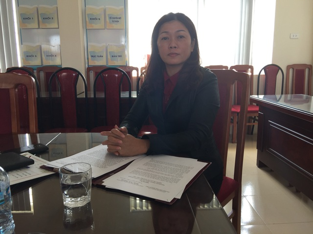 Hiệu trưởng nhà trường trong buổi làm việc với phóng viên