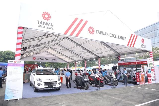 Những trợ thủ công nghệ đến từ Đài Loan cho các tín đồ thể thao tại HCMC RUN 2017 - 2