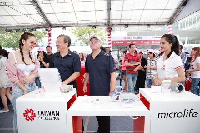 Những trợ thủ công nghệ đến từ Đài Loan cho các tín đồ thể thao tại HCMC RUN 2017 - 5