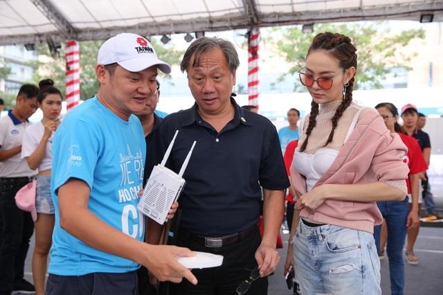Những trợ thủ công nghệ đến từ Đài Loan cho các tín đồ thể thao tại HCMC RUN 2017 - 6