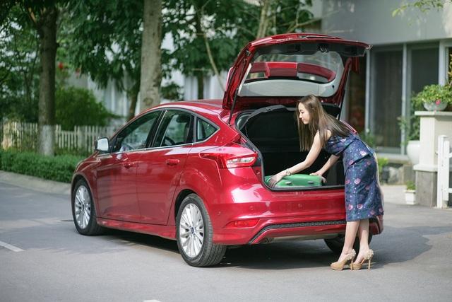 Ford Focus Titanium với động cơ EcoBoost 1.5L tiết kiệm nhiên liệu là một trong những lựa chọn thông minh của người phụ nữ hiện đại.